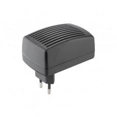 Устройство зарядное, 230 В~50 Гц, выходное напряжение/ток-21.5 В/1500 мА