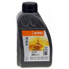 Масло для газонокосилки Stihl 10W-30 600мл оригинал 07813091000